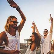 Bar Hopping & Beach Clubbing